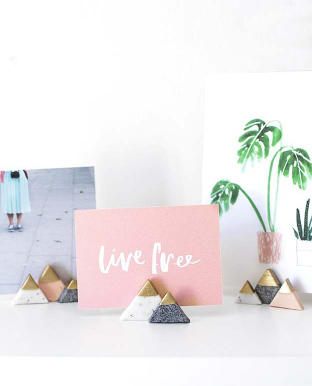 Cool DIY Photo Projects and Craft Ideas for Photos - Photo Holders - Easy Ideas for Wall Art, Collage and DIY Gifts for Friends. Wood, Cardboard, Canvas, Instagram Art and Frames. Creative Birthday Ideas and Home Decor for Adults, Teens and Tweens