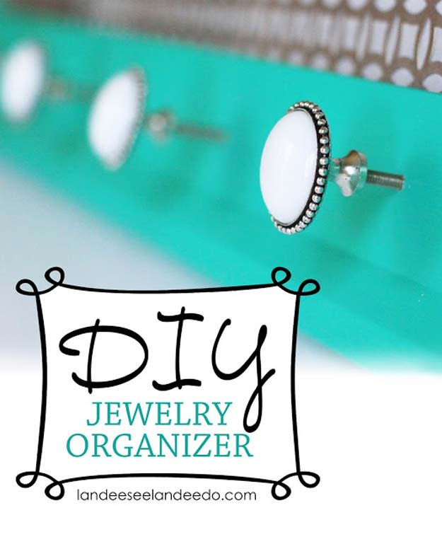 DIY Gifts for Teens - Jewelry Organizer - Cool Ideas for Girls and Boys, Friends and Gift Ideas for Teenagers. Creative Room Decor, Fun Wall Art and Awesome Crafts You Can Make for Presents #teengifts #teencrafts