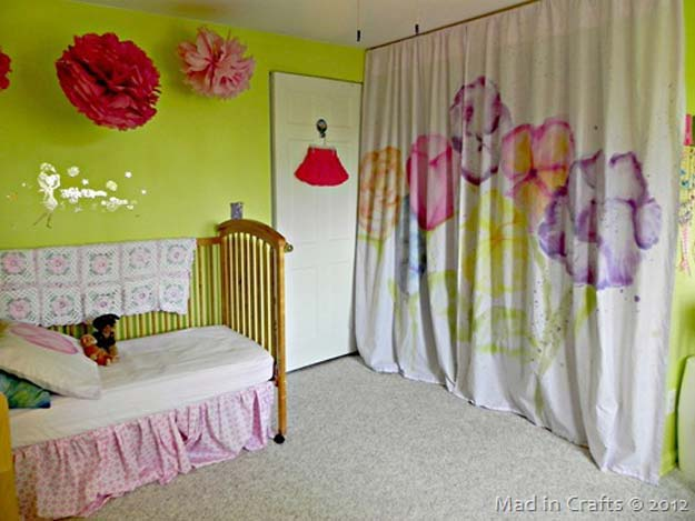 DIY Tie Dye Projects and Crafts - Watercolor Curtains with Tie Dye - Cool Tie Dye Ideas for Shirts, Socks, Paint, Sheets, Sharpie, Food and Recipes, Bags, Tshirt and Shoes - Fun Projects and Gifts for Adults, Teens and Teenagers