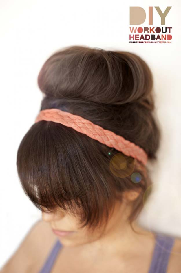 38 Creative DIY Hair Accessories - Workout Headband - Create Pretty Hairstyles for Women, Teens and Girls with These Easy Tutorials - Vintage and Boho Looks for Prom and Wedding - Step by Step Instructions for Cool Headbands, Barettes, Pony Tail Holders, Hair Clips, Bobby Pins and Bows http://diyprojectsforteens.com/diy-hair-accessories