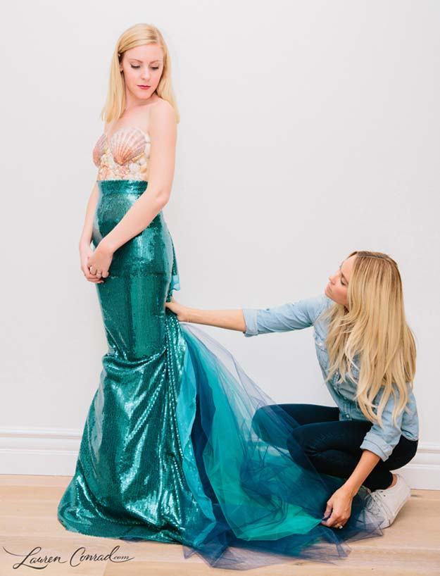 Best Last Minute DIY Halloween Costume Ideas - Mermaid Halloween Costume - Do It Yourself Costumes for Teens, Teenagers, Tweens, Teenage Boys and Girls, Friends. Fun, Clever, Cheap and Creative Costumes that Are Easy To Make. Step by Step Tutorials and Instructions http://diyprojectsforteens.com/last-minute-diy-halloween-costumes