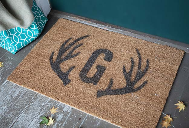 DIY Monogram Projects and Crafts Ideas -Monogram Door Mat- Letters, Wall Art, Mason Jar Ideas, Printables, Stickers, Embroidery Tutorials, Home and Room Decor, Pillows, Shirts and Fashion Tutorials - Fun and Cool Ideas for Teens, Tweens and Adults Make Great DIY Gifts