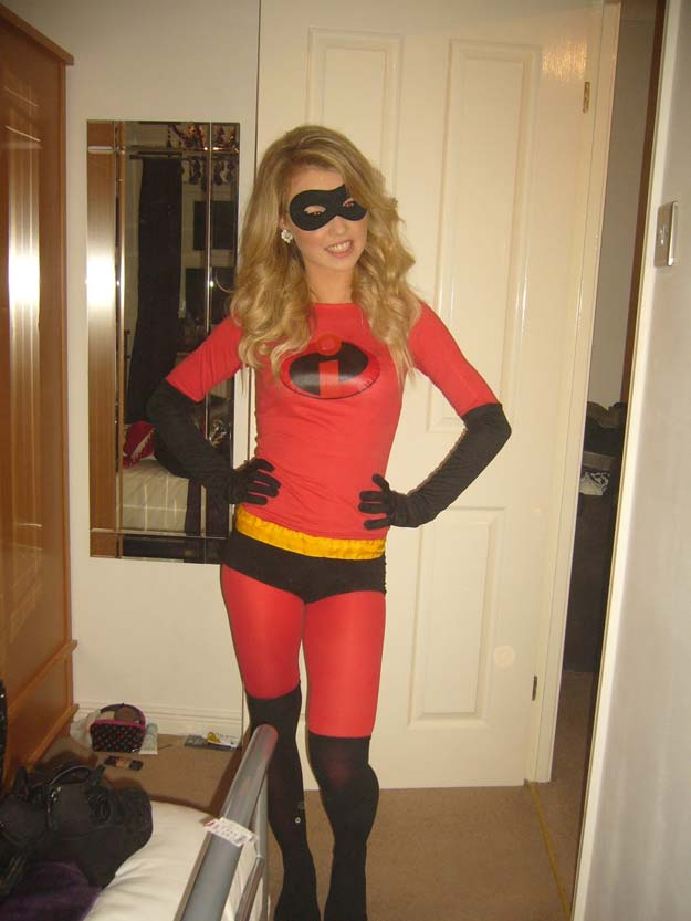 Best Last Minute DIY Halloween Costume Ideas - Mrs. Incredible Costume - Do It Yourself Costumes for Teens, Teenagers, Tweens, Teenage Boys and Girls, Friends. Fun, Clever, Cheap and Creative Costumes that Are Easy To Make. Step by Step Tutorials and Instructions #halloween #costumeideas #halloweencostumes