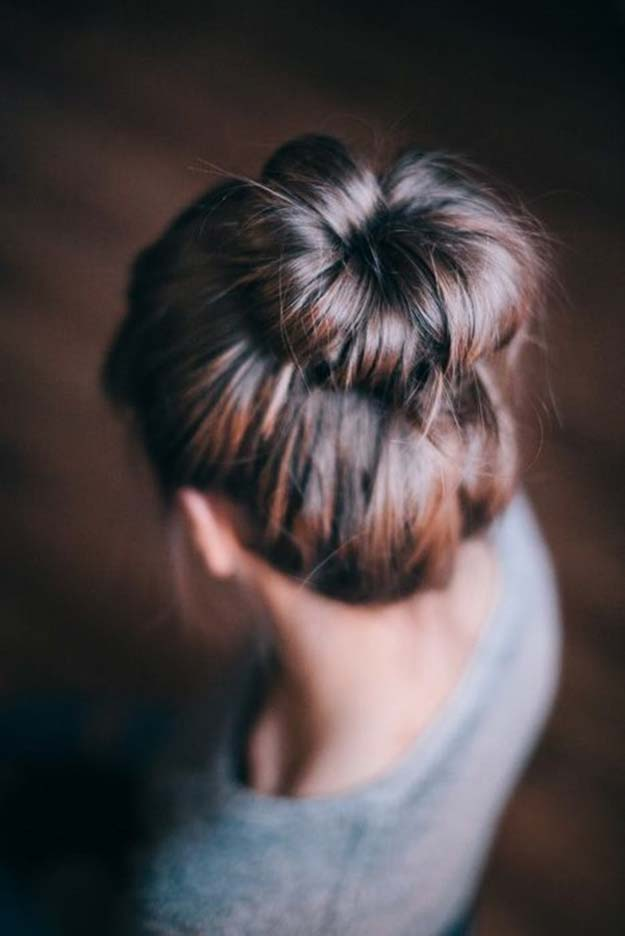 Cool and Easy DIY Hairstyles - Easy Buns Tutorial - Quick and Easy Ideas for Back to School Styles for Medium, Short and Long Hair - Fun Tips and Best Step by Step Tutorials for Teens, Prom, Weddings, Special Occasions and Work. Up dos, Braids, Top Knots and Buns, Super Summer Looks #hairstyles #hair #teens #easyhairstyles #diy #beauty