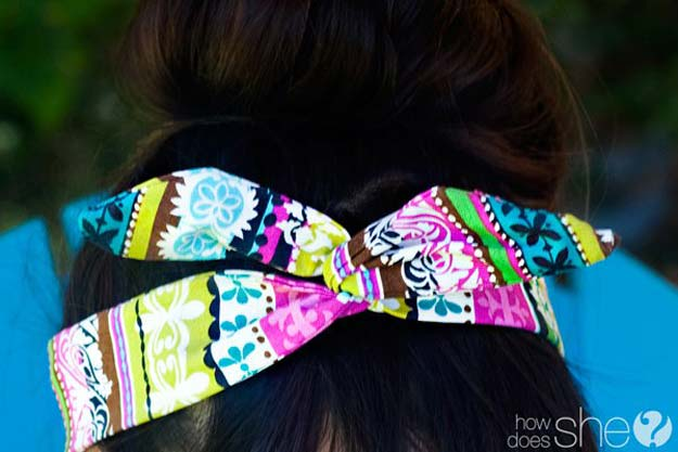 38 Creative DIY Hair Accessories - Head Scarf - Create Pretty Hairstyles for Women, Teens and Girls with These Easy Tutorials - Vintage and Boho Looks for Prom and Wedding - Step by Step Instructions for Cool Headbands, Barettes, Pony Tail Holders, Hair Clips, Bobby Pins and Bows http://diyprojectsforteens.com/diy-hair-accessories