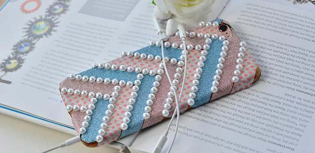 DIY iPhone Case Makeovers - Washi Tape with Pearl iPhone Case - Easy DIY Projects and Handmade Crafts Tutorial Ideas You Can Make To Decorate Your Phone With Glitter, Nail Polish, Sharpie, Paint, Bling, Printables and Sewing Patterns - Fun DIY Ideas for Women, Teens, Tweens and Kids