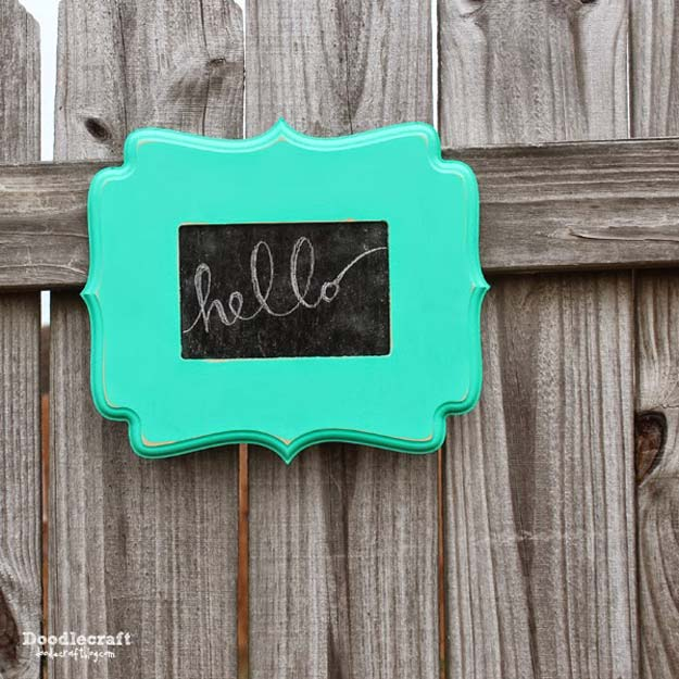 DIY Gifts for Teens - Curly Wood Frame Chalkboard - Cool Ideas for Girls and Boys, Friends and Gift Ideas for Teenagers. Creative Room Decor, Fun Wall Art and Awesome Crafts You Can Make for Presents #teengifts #teencrafts
