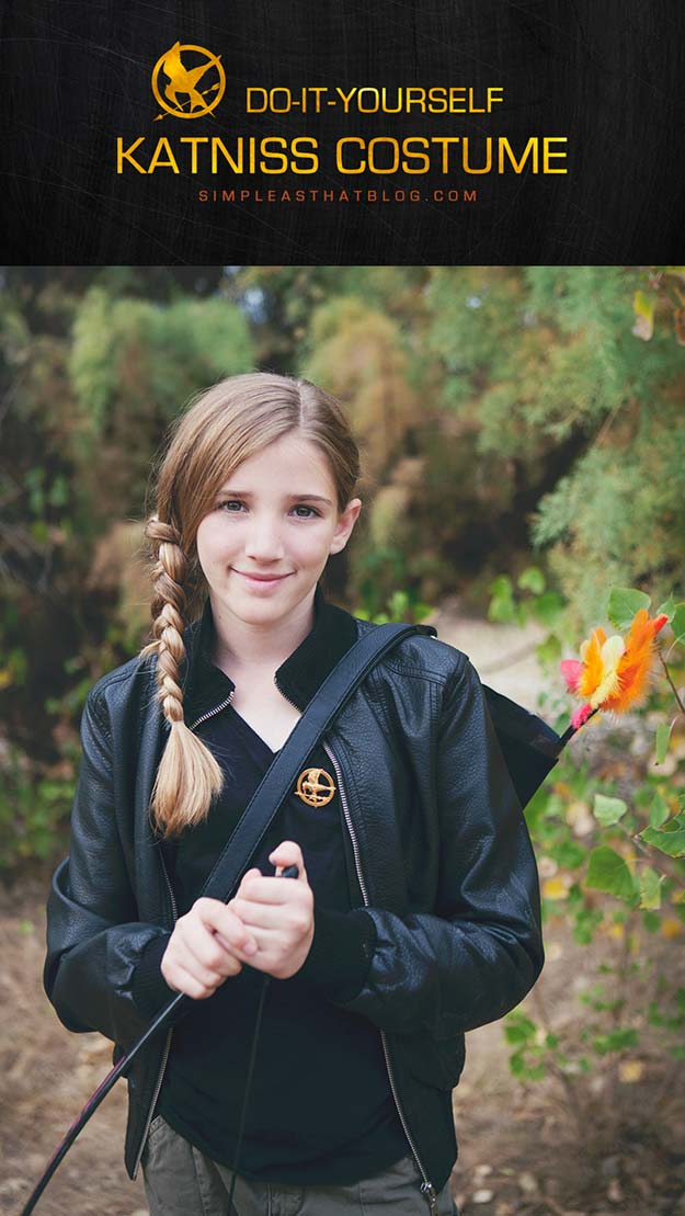 Best Last Minute DIY Halloween Costume Ideas - Katniss Everdeen Costume - Do It Yourself Costumes for Teens, Teenagers, Tweens, Teenage Boys and Girls, Friends. Fun, Clever, Cheap and Creative Costumes that Are Easy To Make. Step by Step Tutorials and Instructions http://diyprojectsforteens.com/last-minute-diy-halloween-costumes