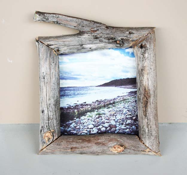 Best DIY Picture Frames and Photo Frame Ideas - Wooden Frame - How To Make Cool Handmade Projects from Wood, Canvas, Instagram Photos. Creative Birthday Gifts, Fun Crafts for Friends and Wall Art Tutorials #diyideas #diygifts #teencrafts