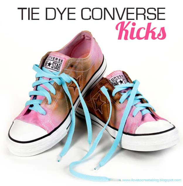 DIY Tie Dye Projects and Crafts - Tie Dye Converse Shoes - Cool Tie Dye Ideas for Shirts, Socks, Paint, Sheets, Sharpie, Food and Recipes, Bags, Tshirt and Shoes - Fun Projects and Gifts for Adults, Teens and Teenagers http://diyprojectsforteens.com/diy-tie-dye-ideas