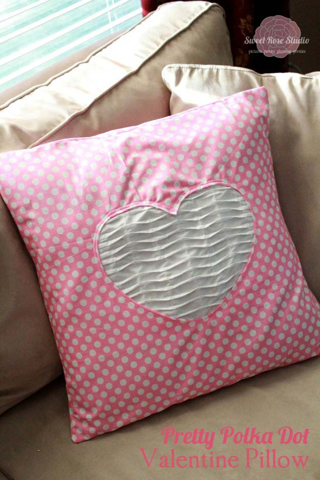 DIY Polka Dot Crafts and Projects - DIY Polka Dot Pillow - Cool Clothes, Room and Home Decor, Wall Art, Mason Jars and Party Ideas, Canvas, Fabric and Paint Project Tutorials - Fun Craft Ideas for Teens, Kids and Adults Make Awesome DIY Gifts