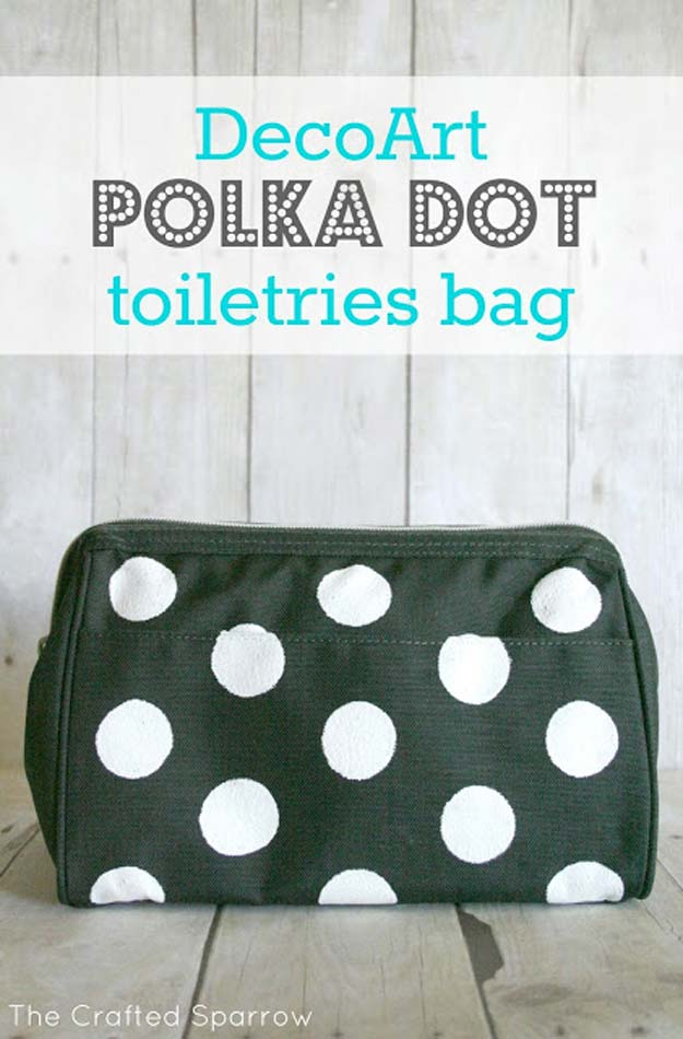 DIY Polka Dot Crafts and Projects - DIY Polka Dot Toiletries Bag - Cool Clothes, Room and Home Decor, Wall Art, Mason Jars and Party Ideas, Canvas, Fabric and Paint Project Tutorials - Fun Craft Ideas for Teens, Kids and Adults Make Awesome DIY Gifts