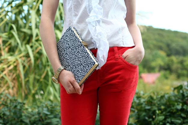 Best DIY Ideas from Tumblr - DIY Nerdy Chic Book Clutch - Crafts and DIY Projects Inspired by Tumblr are Perfect Room Decor for Teens and Adults - Fun Crafts and Easy DIY Gifts, Clothes and Bedroom Project Tutorials for Teenagers and Tweens http://diyprojectsforteens.com/diy-projects-tumblr