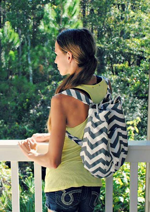 Best DIY Chevron Projects - DIY Sew an Easy Backpack - DIY Wall Art, Home and Room Decor, Canvas Crafts With Chevrons, Furniture and Chairs, Decorations With Paint Ideas Using Chevron Patterns for Bedroom, Bathroom and Teens Rooms. Learn How To Tape Chevron Art With Easy To Follow Step by Step Tutorials http://diyprojectsforteens.com/diy-projects-chevron