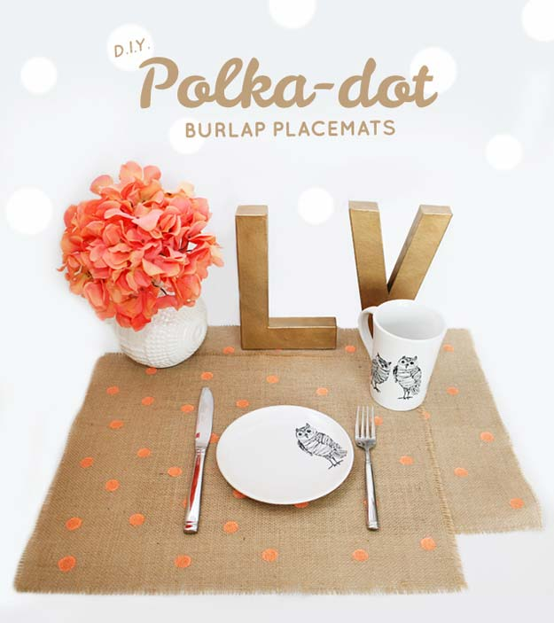 DIY Polka Dot Crafts and Projects - DIY Polka Dot Burlap - Cool Clothes, Room and Home Decor, Wall Art, Mason Jars and Party Ideas, Canvas, Fabric and Paint Project Tutorials - Fun Craft Ideas for Teens, Kids and Adults Make Awesome DIY Gifts