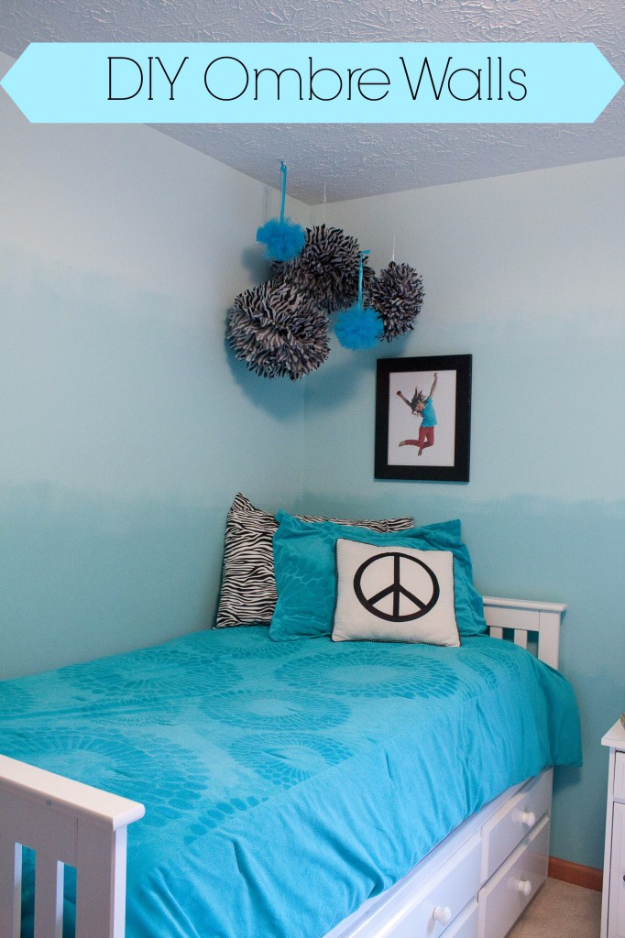 DIY Teen Room Decor Ideas for Girls | DIY Ombre Walls | Cool Bedroom Decor, Wall Art & Signs, Crafts, Bedding, Fun Do It Yourself Projects and Room Ideas for Small Spaces http://diyprojectsforteens.com/diy-teen-bedroom-ideas-girls