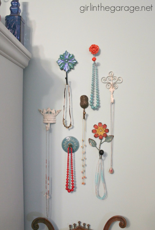 DIY Teen Room Decor Ideas for Girls | Decorative Wall Hooks Jewelry Storage | Cool Bedroom Decor, Wall Art & Signs, Crafts, Bedding, Fun Do It Yourself Projects and Room Ideas for Small Spaces http://diyprojectsforteens.com/diy-teen-bedroom-ideas-girls