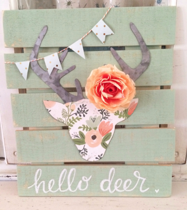 DIY Teen Room Decor Ideas for Girls | Floral Deer Head Pallet Art | Cool Bedroom Decor, Wall Art & Signs, Crafts, Bedding, Fun Do It Yourself Projects and Room Ideas for Small Spaces http://diyprojectsforteens.com/diy-teen-bedroom-ideas-girls-rooms
