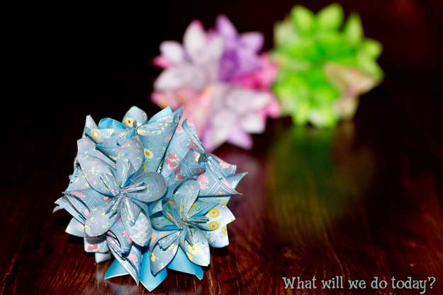 Best Origami Tutorials - Origami Flower - Easy DIY Origami Tutorial Projects for With Instructions for Flowers, Dog, Gift Box, Star, Owl, Buttlerfly, Heart and Bookmark, Animals - Fun Paper Crafts for Teens, Kids and Adults #origami #crafts