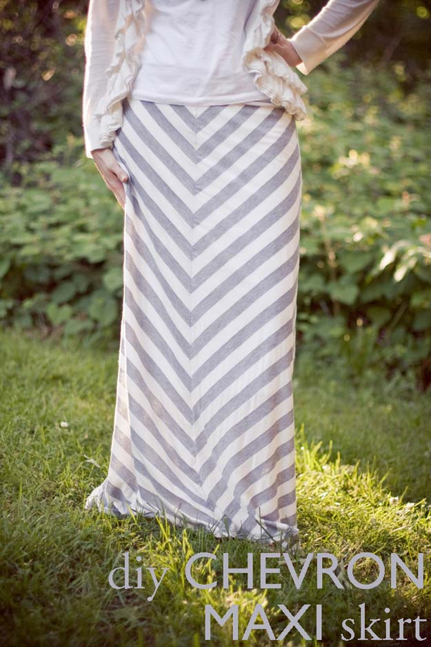 Best DIY Chevron Projects - DIY Chevron Maxi Skirt - DIY Wall Art, Home and Room Decor, Canvas Crafts With Chevrons, Furniture and Chairs, Decorations With Paint Ideas Using Chevron Patterns for Bedroom, Bathroom and Teens Rooms. Learn How To Tape Chevron Art With Easy To Follow Step by Step Tutorials http://diyprojectsforteens.com/diy-projects-chevron