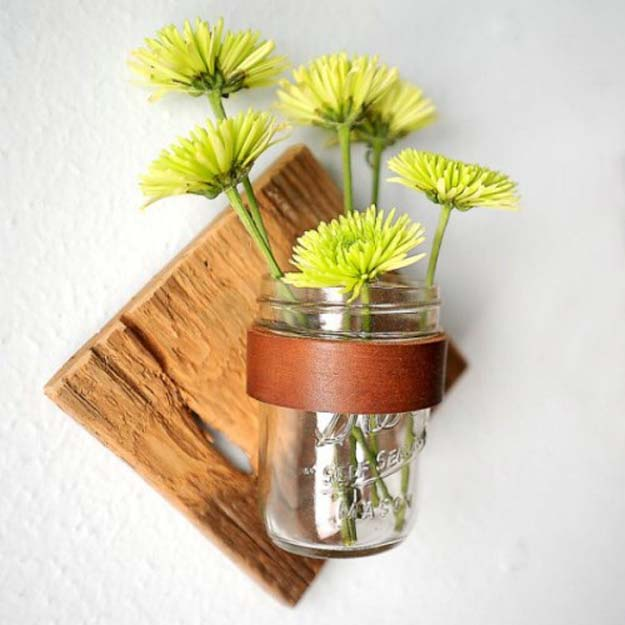 35 fun diy bathroom decor ideas you need right now diy bathroom decor ideas for teens rustic mason jar sconce best creative cool solutioingenieria Choice Image