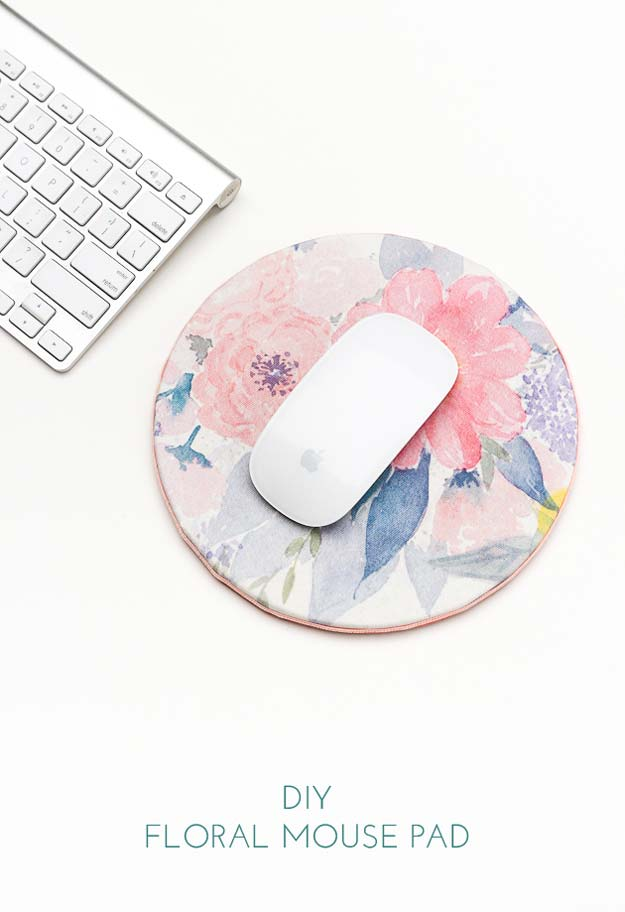 Fun Dollar Store Crafts for Teens - DIY Floral Mouse Pad - Cheap and Easy DIY Ideas for Teenagers to Make for Dollar Stores - Inexpensive Gifts and Room Decor for Tweens, Boys and Girls - Awesome Step by Step Tutorials with Instructions for Cool DIY Projects http://diyprojectsforteens.com/dollar-store-crafts-teens