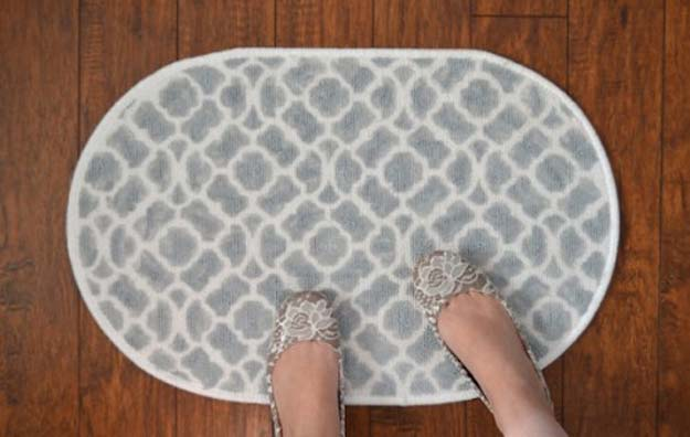 DIY Bathroom Decor Ideas for Teens - Patterned Bath Mat - Best Creative, Cool Bath Decorations and Accessories for Teenagers - Easy, Cheap, Cute and Quick Craft Projects That Are Fun To Make. Easy to Follow Step by Step Tutorials
