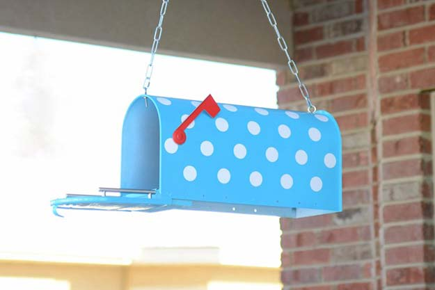 DIY Polka Dot Crafts and Projects - DIY Polka Dot Mailbox - Cool Clothes, Room and Home Decor, Wall Art, Mason Jars and Party Ideas, Canvas, Fabric and Paint Project Tutorials - Fun Craft Ideas for Teens, Kids and Adults Make Awesome DIY Gifts