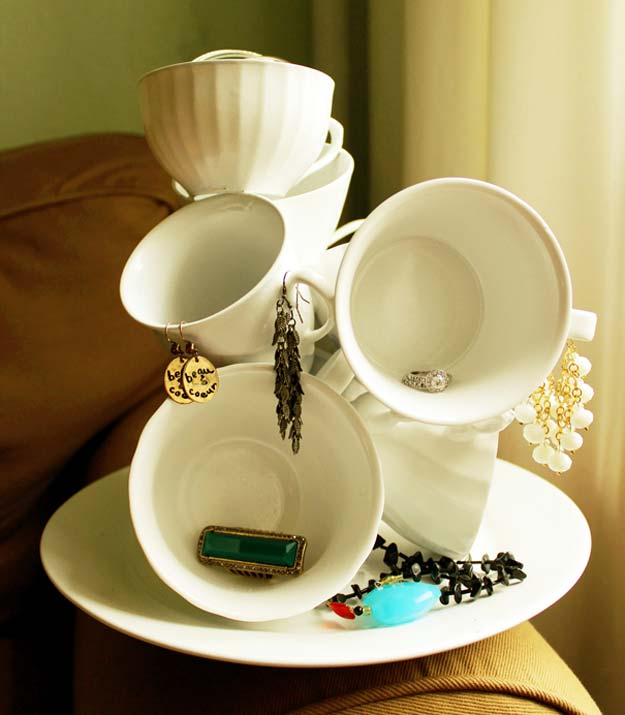 Fun Dollar Store Crafts for Teens - DIY DTeacup Sculpture - Cheap and Easy DIY Ideas for Teenagers to Make for Dollar Stores - Inexpensive Gifts and Room Decor for Tweens, Boys and Girls - Awesome Step by Step Tutorials with Instructions for Cool DIY Projects http://diyprojectsforteens.com/dollar-store-crafts-teens