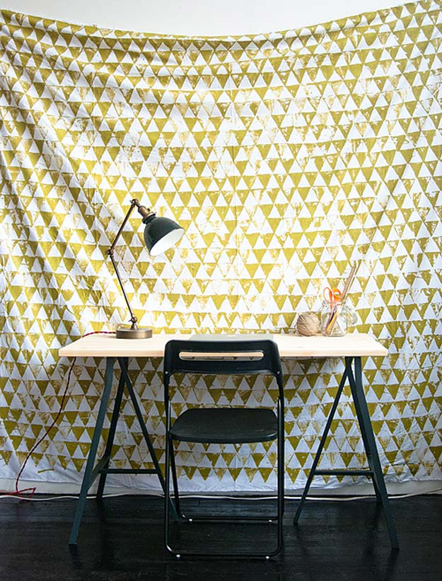 DIY Dorm Room Decor Ideas - Geometric Wall Hanging - Cheap DIY Dorm Decor Projects for College Rooms - Cool Crafts, Wall Art, Easy Organization for Girls - Fun DYI Tutorials for Teens and College Students http://diyprojectsforteens.com/diy-dorm-room-decor