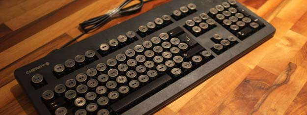 Cool Steampunk DIY Ideas - DIY Steampunk Keyboard - Easy Home Decor, Costume Ideas, Jewelry, Crafts, Furniture and Steampunk Fashion Tutorials - Clothes, Accessories and Best Step by Step Tutorials - Creative DIY Projects for Adults, Teens and Tweens