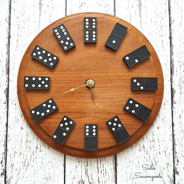 Creative DIY Gifts to Make For Your Boyfriend - DIY Domino Clock - Fun Room Decor DIY Christmas Gift Ideas for Him