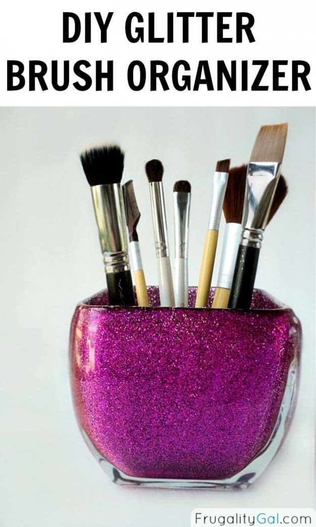 85e92d0ff68f 26 Fabulously Purple DIY Room Decor Ideas
