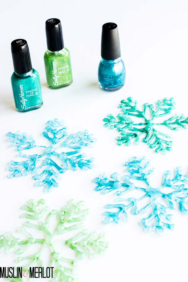 Cool Glue Gun Crafts and DIY Projects - DIY Glue Gun Snowflakes! - Creative Ways to Use Your Glue Gun for Awesome Home Decor, DIY Gifts , Jewelry and Fashion - Fun Projects and Easy, Cheap DIY Ideas for Kids, Adults and Teens - Handmade Christmas Presents on A Budget