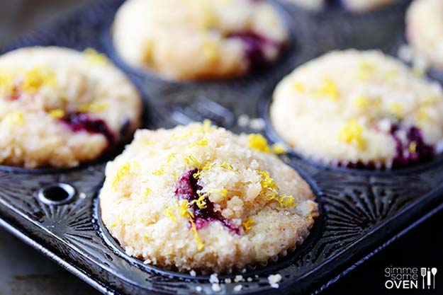 Cool and Easy Recipes For Teens to Make at Home - Lemon Blueberry Muffins - Fun Snacks, Simple Breakfasts, Lunch Ideas, Dinner and Dessert Recipe Tutorials - Teenagers Love These Fun Foods that Are Quick, Healthy and Delicious Ideas for Meals http://diyprojectsforteens.com/diy-recipes-teens