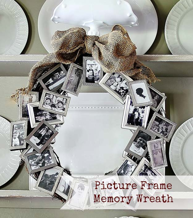 DIY Christmas Presents For Mom and Dad - DIY Picture Frame Memory Wreath - Cheap DIY Gifts for Parents