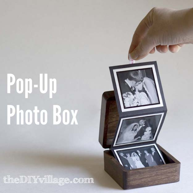 DIY Christmas Presents To Make For Parents - DIY Pop-Up Photo Box - Cute - Cool Christmas Gifts To Make For Your Parents
