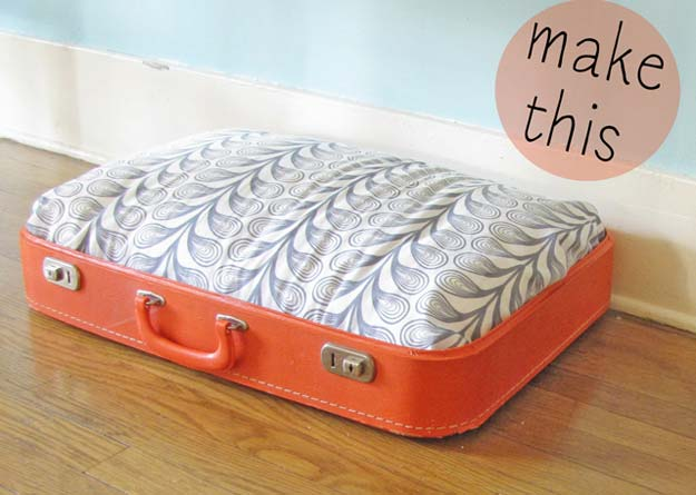 DIY Projects for Your Pet - Easy DIY Vintage Suitcase Dog Bed - Cat and Dog Beds, Treats, Collars and Easy Crafts to Make for Toys - Homemade Dog Biscuits, Food and Treats - Fun Ideas for Teen, Tweens and Adults to Make for Pets