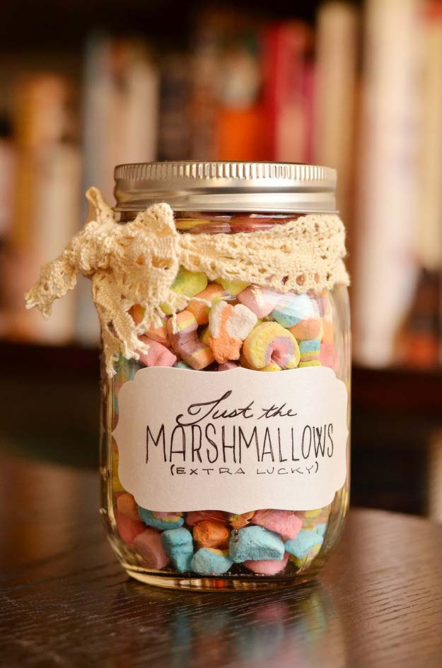 Cute DIY Mason Jar Gift Ideas for Teens - DIY Marshmallows in a Jar - Best Christmas Presents, Birthday Gifts and Cool Room Decor Ideas for Girls and Boy Teenagers - Fun Crafts and DIY Projects for Snow Globes, Dollar Store Crafts and Valentines for Kids