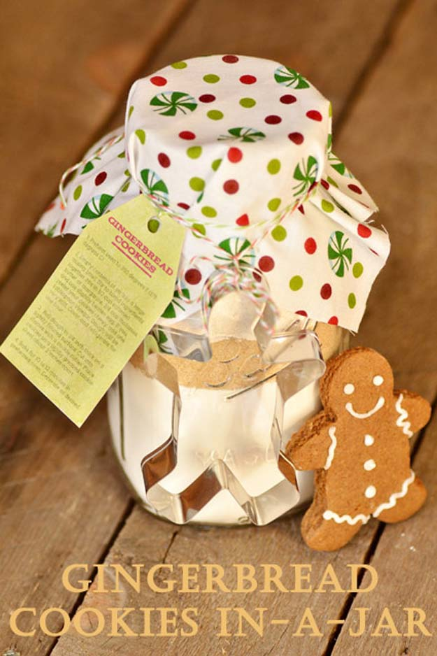 Cute DIY Mason Jar Gift Ideas for Teens - DIY Gingerbread Cookies in-a-Jar - Best Christmas Presents, Birthday Gifts and Cool Room Decor Ideas for Girls and Boy Teenagers - Fun Crafts and DIY Projects for Snow Globes, Dollar Store Crafts and Valentines for Kids