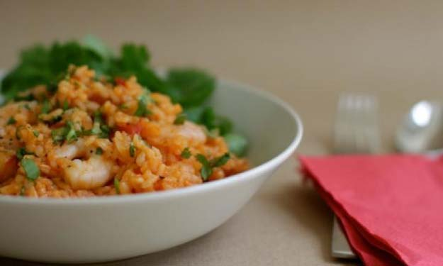 Cool and Easy Recipes For Teens to Make at Home - Prawn and chorizo risotto - Fun Snacks, Simple Breakfasts, Lunch Ideas, Dinner and Dessert Recipe Tutorials - Teenagers Love These Fun Foods that Are Quick, Healthy and Delicious Ideas for Meals