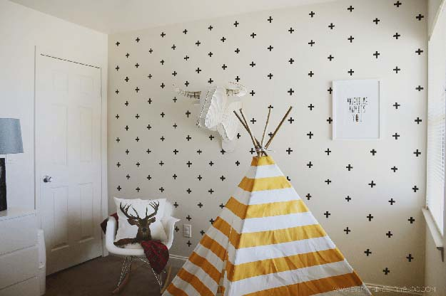 DIY Wall Art Ideas for Teen Rooms - DIY Washi Tape Wall Decals - Cheap and Easy Wall Art Projects for Teenagers - Girls and Boys Crafts for Walls in Bedrooms - Fun Home Decor on A Budget - Cool Canvas Art, Paintings and DIY Projects for Teens http://diyprojectsforteens.com/diy-wall-art-teens