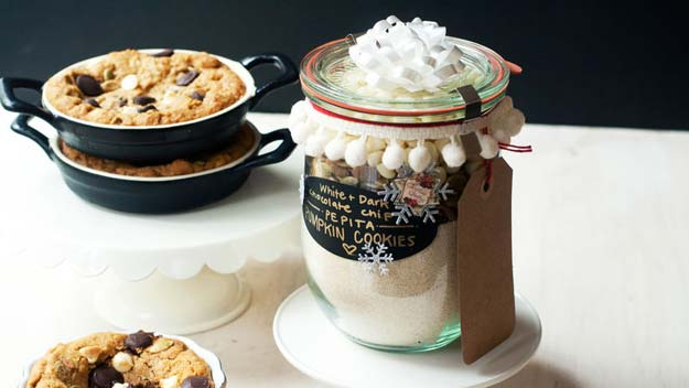 Best Mason Jar Cookies - White and Dark Chocolate Chip-Pepita Pumpkin Cookie Ramekins - Mason Jar Cookie Recipe Mix for Cute Decorated DIY Gifts - Easy Chocolate Chip Recipes, Christmas Presents and Wedding Favors in Mason Jars - Fun Ideas for DIY Parties, Easy Recipes for Teens, Teenagers, Kids and Teens - Cheap Last Mintue Gift Ideas for Friends, Family and Neighbors http://diyprojectsforteens.com/mason-jar-cookie-recipes