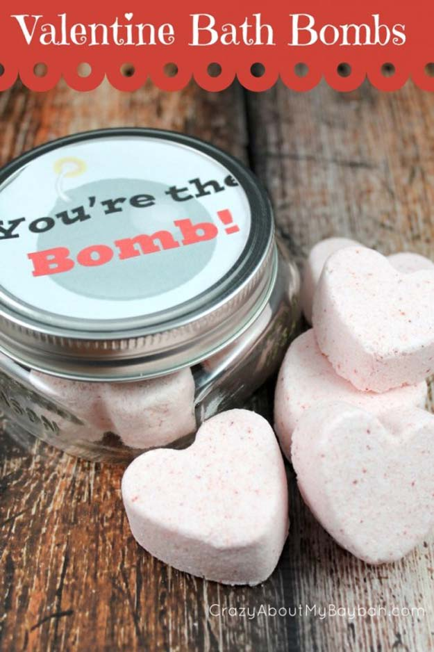 DIY Valentine Gifts - Valentine Bath Bombs - Gifts for Her and Him, Teens, Teenagers and Tweens - Mason Jar Ideas, Homemade Cards, Cheap and Easy Gift Ideas for Valentine Presents http://diyprojectsforteens.com/diy-valentine-gifts