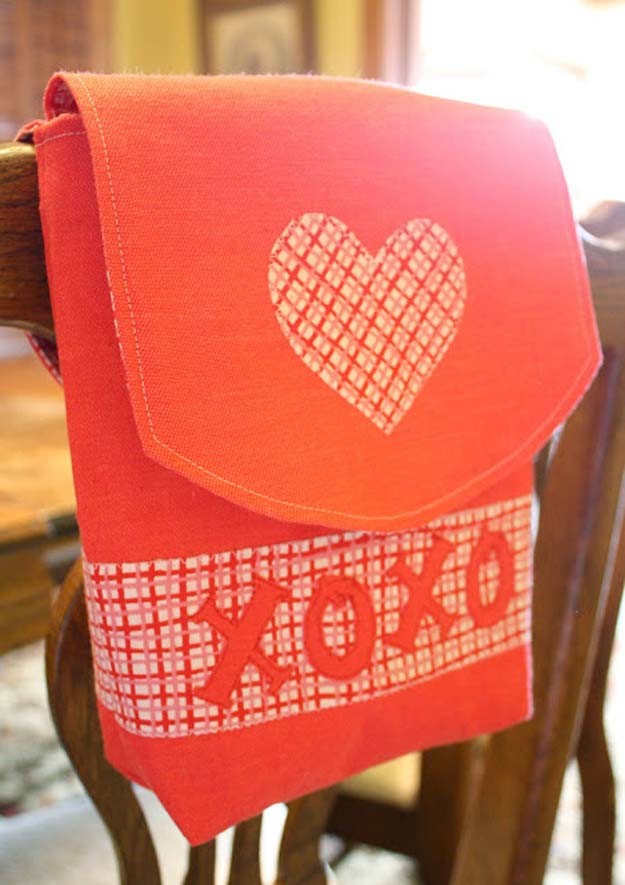 DIY Valentine Decor Ideas - Valentines Mail Pouch Tutorial - Cute and Easy Home Decor Projects for Valentines Day Decorating - Best Homemade Valentine Decorations for Home, Tables and Party, Kids and Outdoor - Romantic Vintage Ideas - Cheap Dollar Store and Dollar Tree Crafts