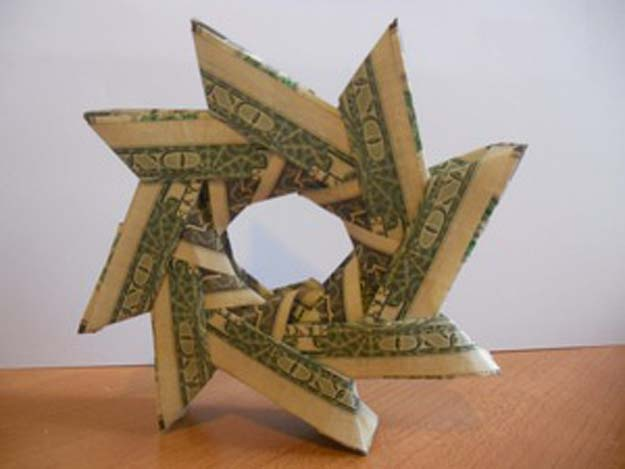 DIY Money Origami - Money Origami Wreath - Step by Step Tutorials for Star, Flower, Heart, Buttlerfly, Animals. Tree, Letters, Bow and Boxes - Cute DIY Gift Ideas for Birthday and Christmas Cards - DIY Projects and Crafts for Teens http://diyprojectsforteens.com/diy-money-origami