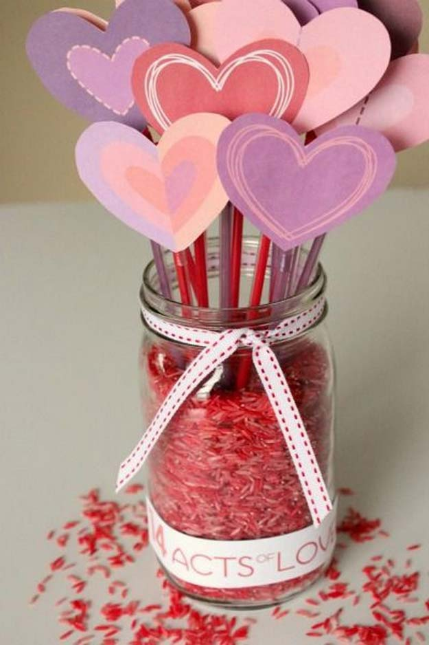 Best Mason Jar Valentine Crafts - Counting Down to Valentines with 14 Acts of Love + a Free Printable - Cute Mason Jar Valentines Day Gifts and Crafts | Easy DIY Ideas for Valentines Day for Homemade Gift Giving and Room Decor | Creative Home Decor and Craft Projects for Teens, Teenagers, Kids and Adults http://diyprojectsforteens.com/mason-jar-valentine-crafts