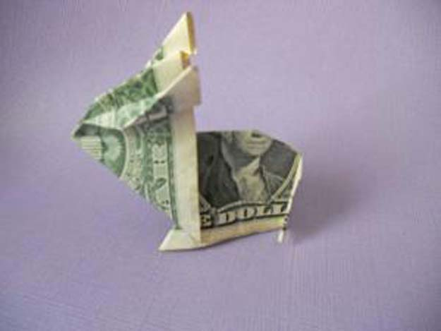 DIY Money Origami - Money Origami Bunny - Step by Step Tutorials for Star, Flower, Heart, Buttlerfly, Animals. Tree, Letters, Bow and Boxes - Cute DIY Gift Ideas for Birthday and Christmas Cards - DIY Projects and Crafts for Teens http://diyprojectsforteens.com/diy-money-origami