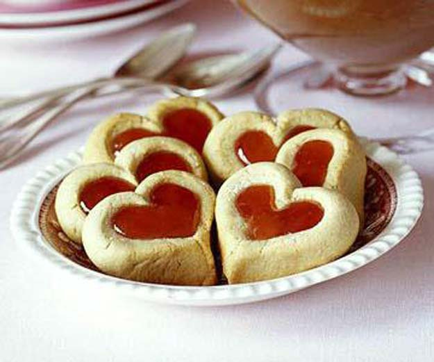 Best Valentines Cookies - Double Thumbprint Cookies - Easy Cookie Recipes and Recipe Ideas for Valentines Day - Cute DIY Decorated Cookies for Kids, Homemade Box Cookies and Bouquet Ideas - Sugar Cookie Icing Tutorials With Step by Step Instructions - Quick, Cheap Valentine Gift Ideas for Him and Her http://diyprojectsforteens.com/valentine-cookie-recipes