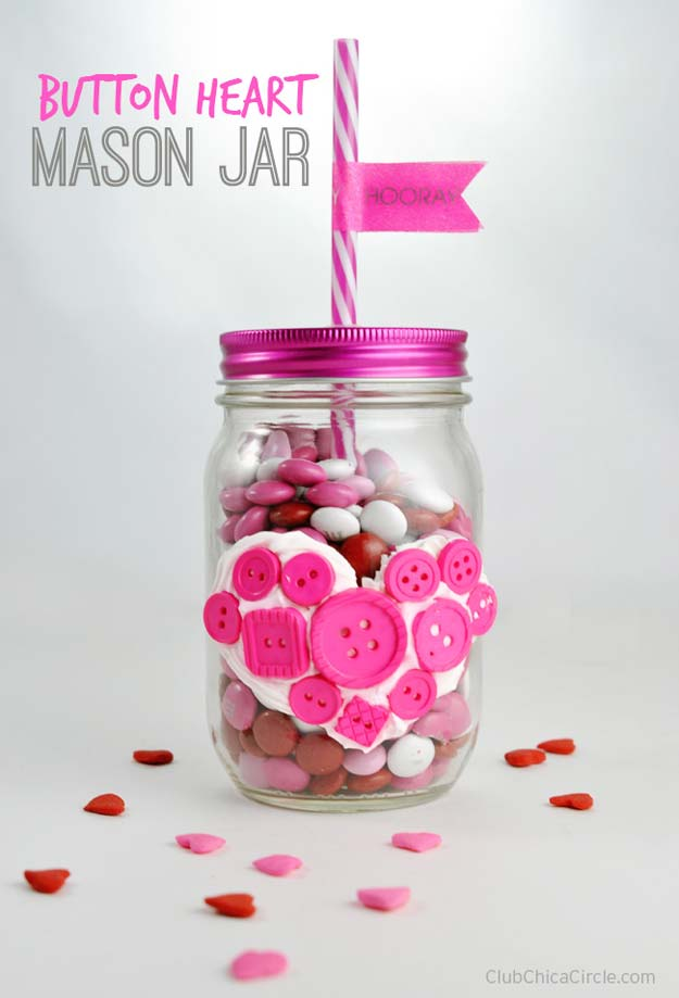 Best Mason Jar Valentine Crafts - Button Heart Mason Jar - Cute Mason Jar Valentines Day Gifts and Crafts | Easy DIY Ideas for Valentines Day for Homemade Gift Giving and Room Decor | Creative Home Decor and Craft Projects for Teens, Teenagers, Kids and Adults http://diyprojectsforteens.com/mason-jar-valentine-crafts